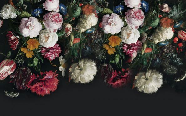 Фотообои Красивые цветы на черном фоне